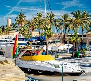 Køb bolig Fuengirola og oplev den charmerende havn